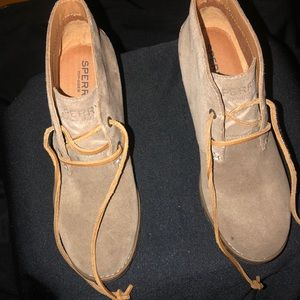 NEW! Sperry booties size 6